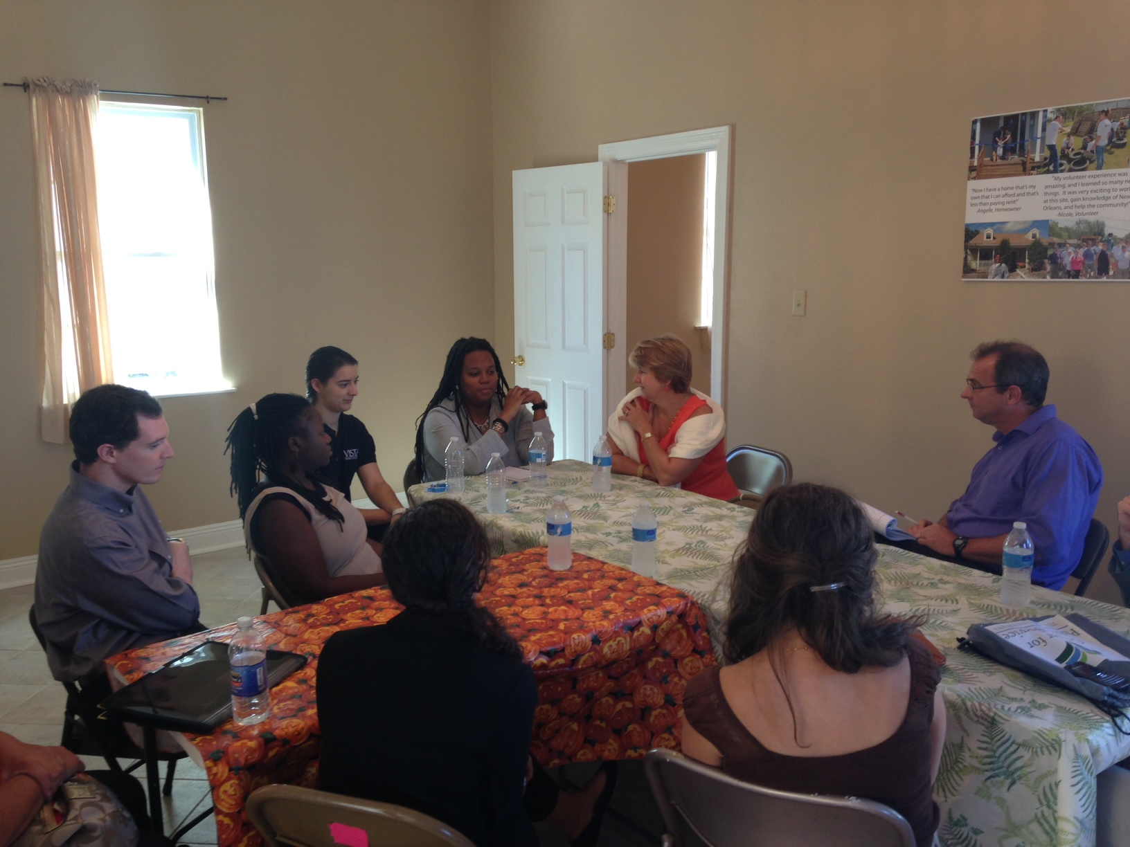 The roundtable in session.