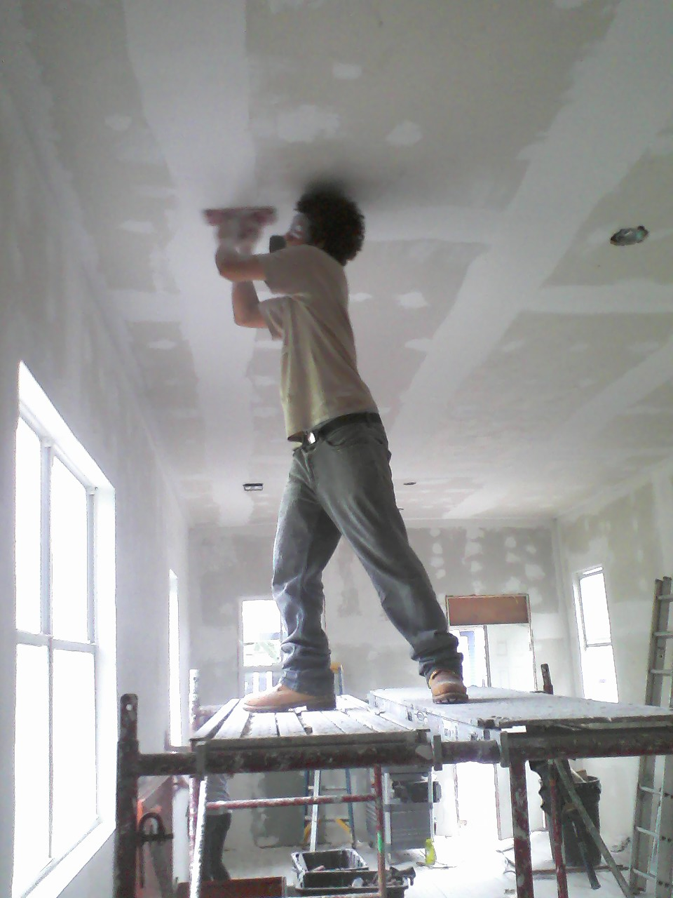 I can't hold up this ceiling much longer!